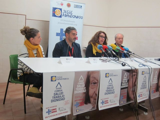 Responsables de proyectos de Jesús Abandonado junto al presidente José Moreno