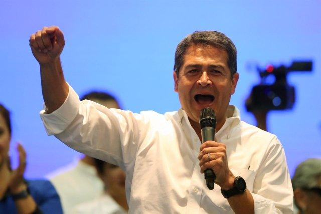 Juan Orlando Hernández en un mitin electoral