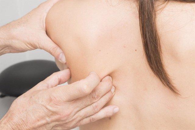 Nuevo dispositivo digital para ayudar a corregir la posición de la espalda