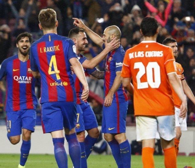 Mascherano celebra su primer gol con el FC Barcelona en siete temporadas