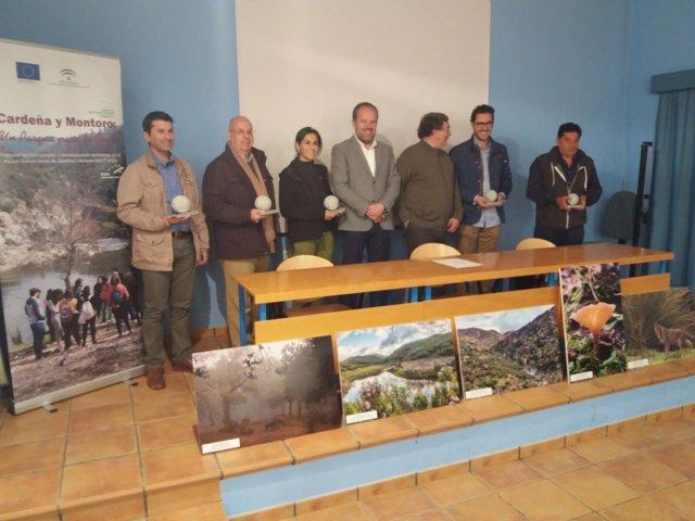 Algar (centro), en la entrega de premios