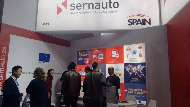 Expositor español en la feria Automechanika