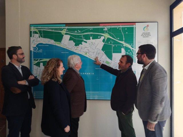 Barceló firma convenios para la renovación de la playa de palma