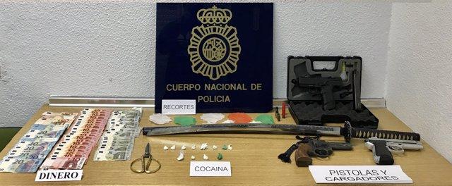 Droga y armas aprehendidas