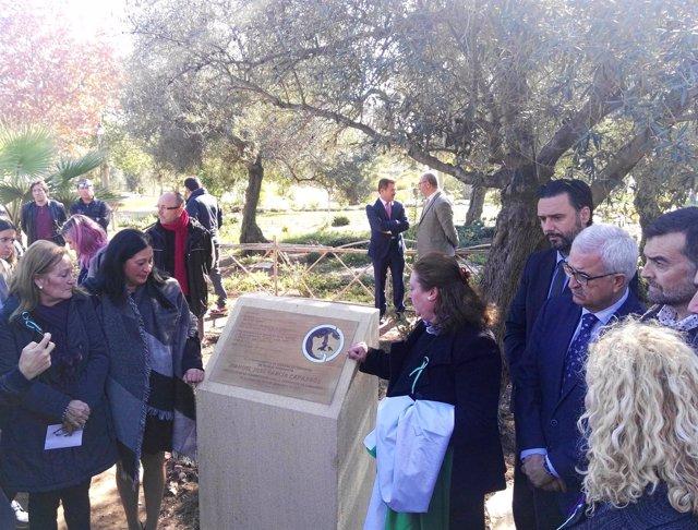 Acto cenizas García Caparrós en el Jardín del Recuerdo del cementerio