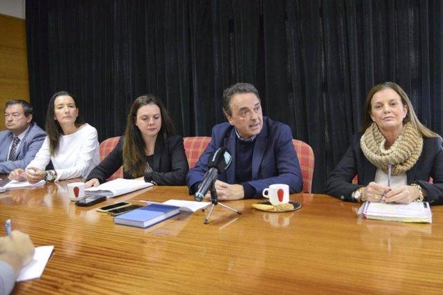Alcalde de Torremolinos, José Ortíz, y otros ediles