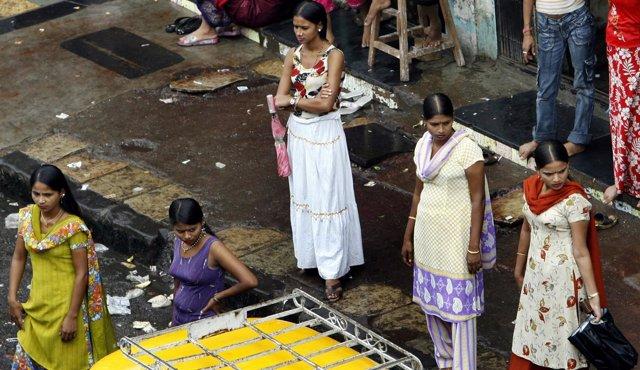 Mujeres que se dedican a la prostitución en India