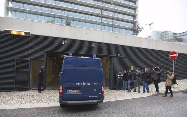 Furgón de la Policía de Portugal
