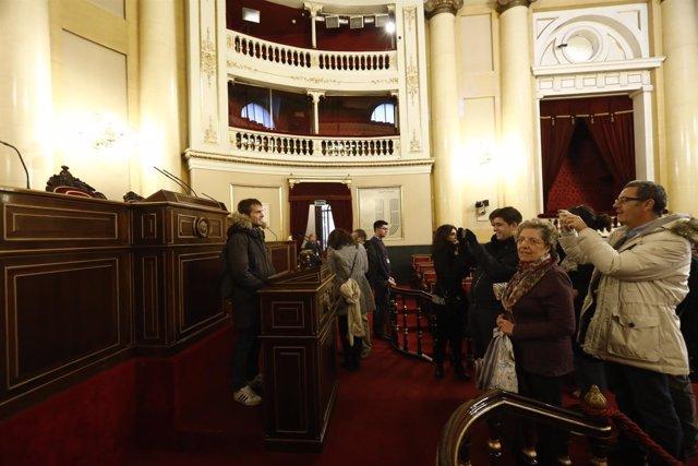Jornada de Puertas abiertas en el Senado