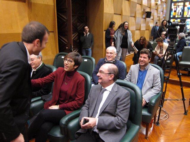 Pablo Muñoz (ZEC) saluda al presidente Javier Lambán.