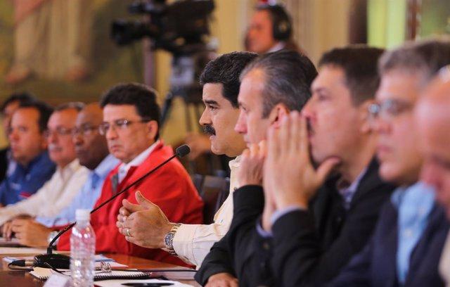 Nicolás Maduro reunido con su Gobierno