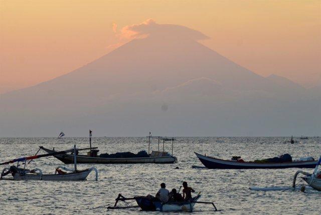 El volcán Monte Agung, en la isla de Bali