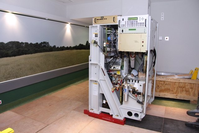 Maquinaria De Radioterapia En Son Espases