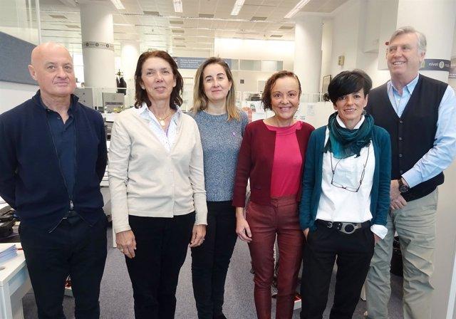 Ana Galíndez, con el equipo que ha realizado un estudio sobre consultas fallidas