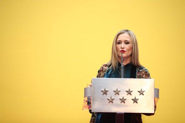 Cristina Cifuentes preside el acto homenaje a la Constitución