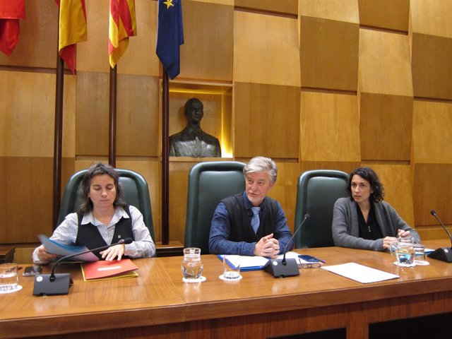 El alcalde de Zaragoza preside el Debate de la ciudad.