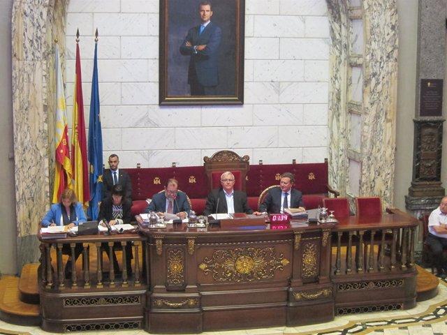 Joan Ribó en un pleno del Ayuntamiento de València