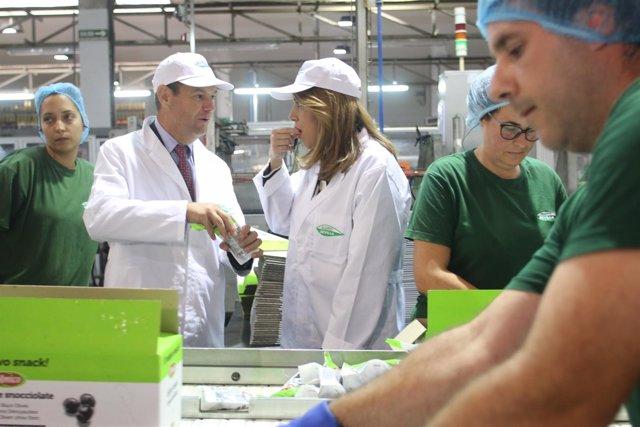Susana Díaz, hoy durante su visita a una cooperativa