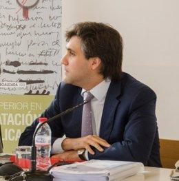 Fwd: Pedro Fernández Trata El Tema De Las Relaciones Público Privadas En El Cong