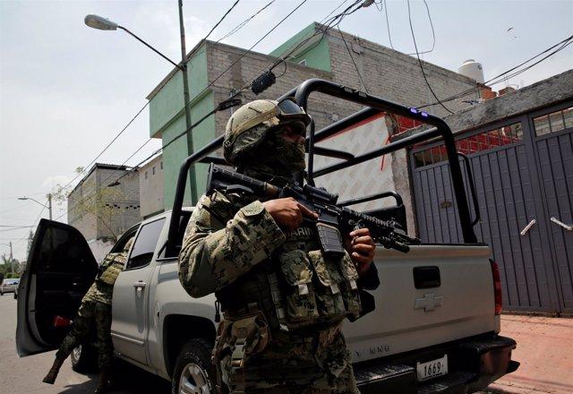 Soldados mexicanos en un operativo de seguridad en Ciudad de México