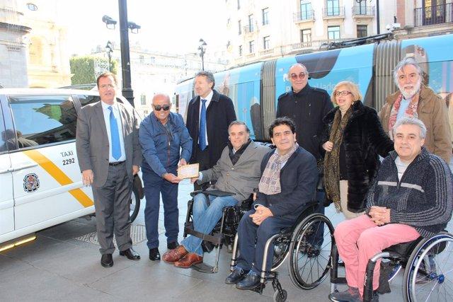 Sevilla tiene 159 taxis adaptados.