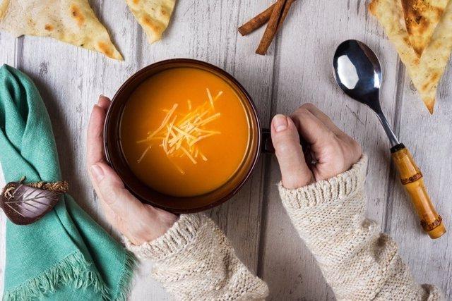 Sopa, caldo, invierno, consomé