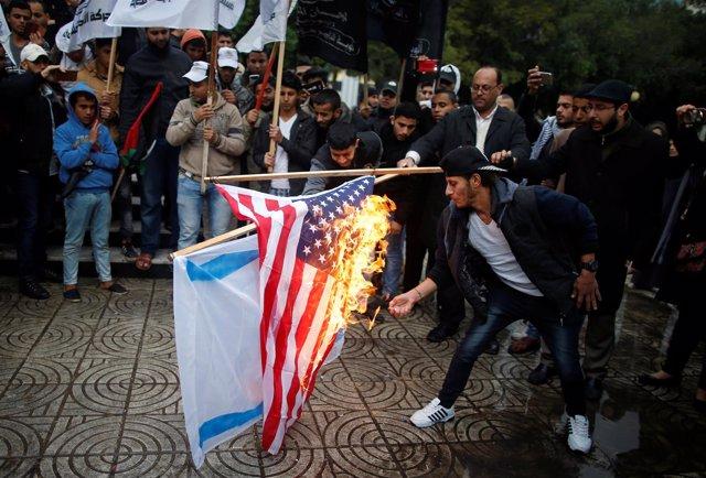 Manifestación en Gaza contra la decisión de Trump sobre Jerusalén