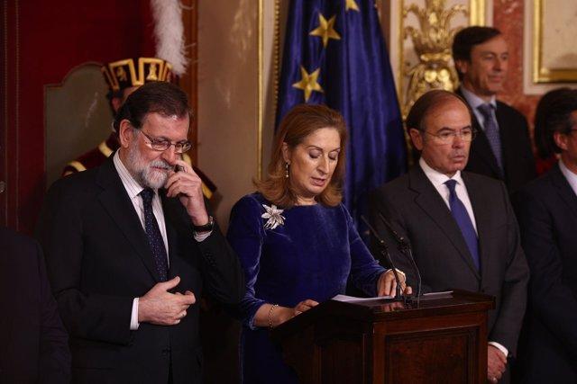 Rajoy dice que no habrá nuevo modelo de financiación si no lo apoya el PSOE y pide a 'todos' aplicarse a trabajar