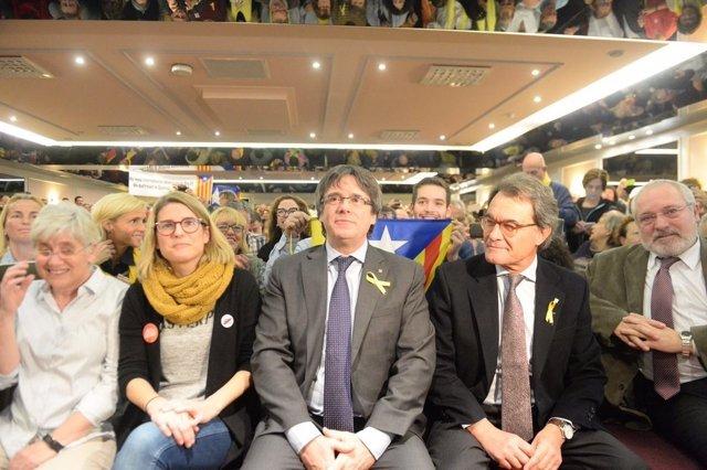 C.Ponsatí,E.Artadi,C.Puigdemont,Artur Mas,Lluís Puig (JuntsxCat)