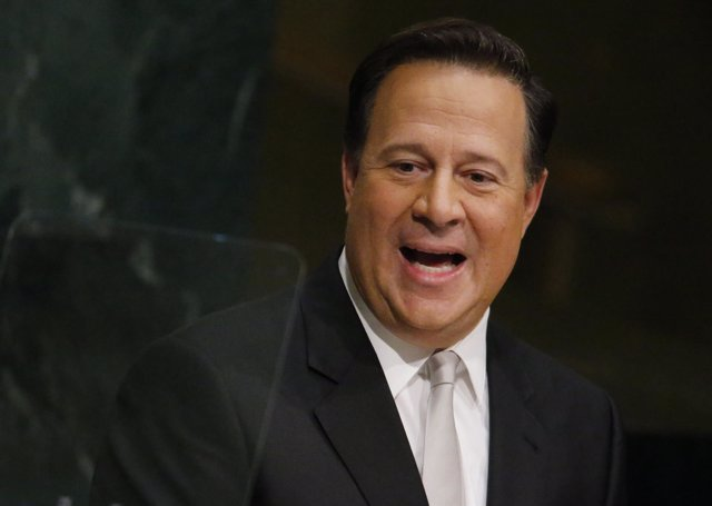 President Juan Carlos Varela Rodriguez of Panama addresses attendees during the