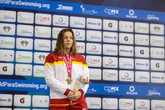 Nuria Marqués en el podi dels Mundials