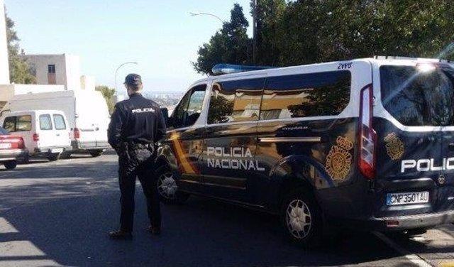 Un agente en Alicante