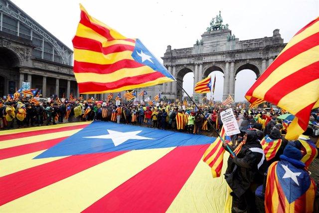 Resultat d'imatges de Manifestació de Bruselas