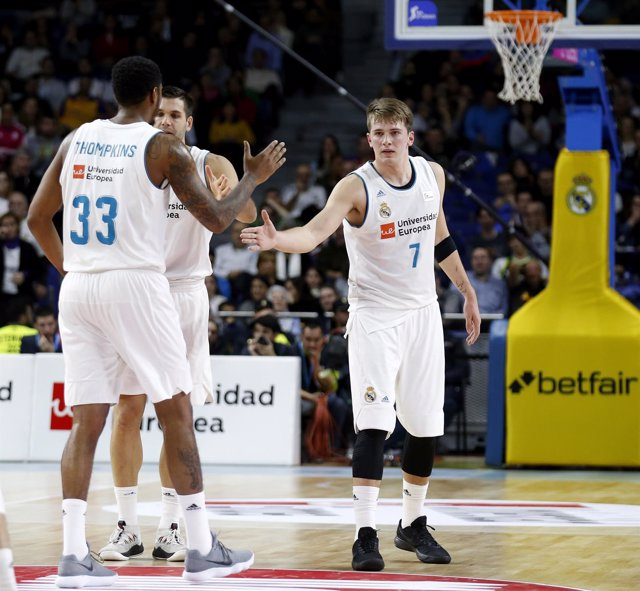 Doncic y Thompkins (Real Madrid)