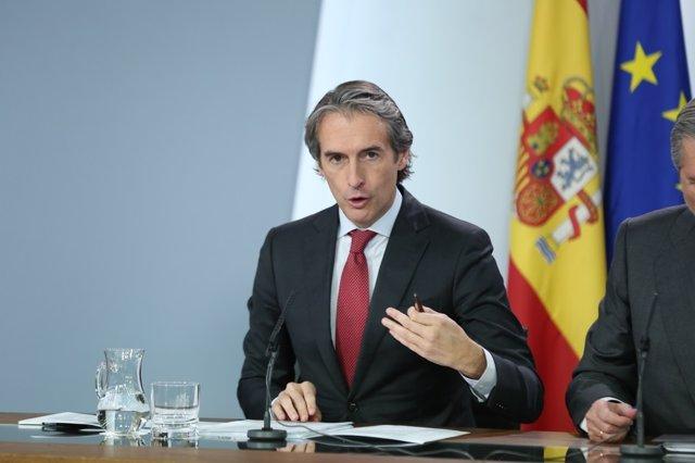 Roda de premsa d'Iñigo de la Serna després del Consell de Ministres