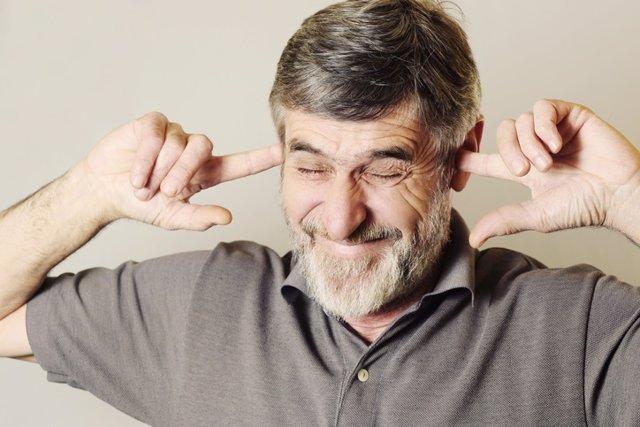 Acúfenos, dolor de oidos