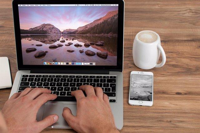 Dispositivos móviles, freelance, web