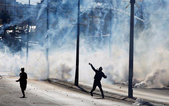Enfrentamientos entre palestinos y soldados israelíes en Belén