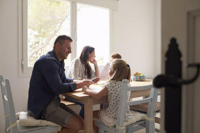 Foro de la Familia reclama 'el final de la discriminación fiscal' de las familias residentes en Baleares