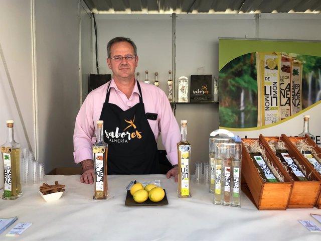 Licores Naturales SL conquista al público en la Feria 'Sabores Almería'.