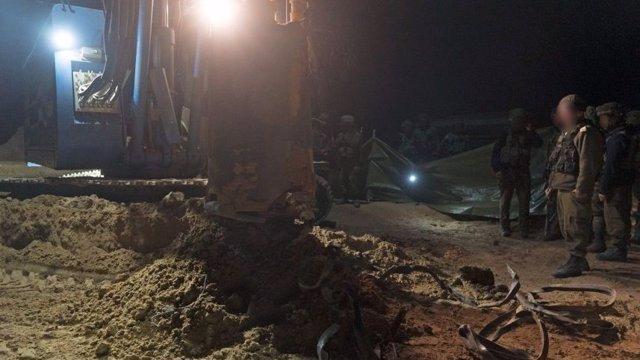El Ejército israelí destruye un túnel en la frontera con Gaza