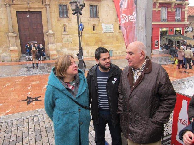 Los ediles Ana Taboada y Rubén Rosón junto a José Antonio Alonso (Balesquida)