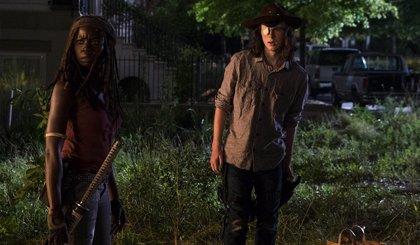 """Los fans de The Walking Dead, devastados ante la muerte anunciada en el 8x08: """"La peor noche hasta ahora"""""""