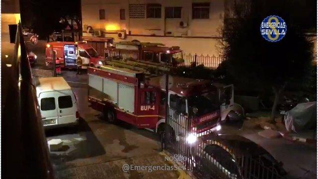 Camión de los bomberos.