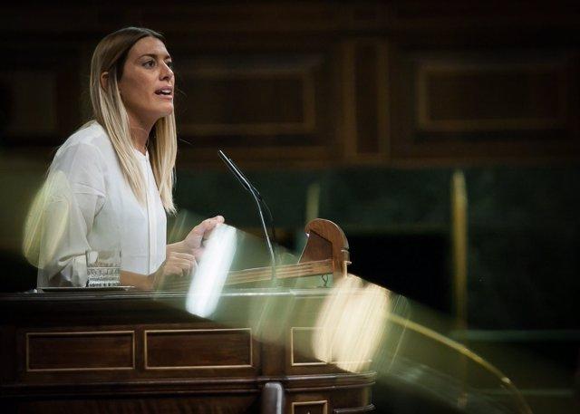 La diputada de PDeCAT Miriam Nogueras, en la tribuna del Congreso