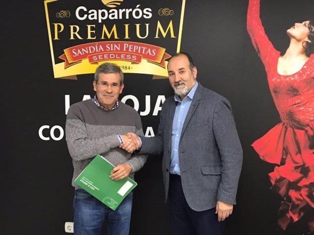 El delegado de Agricultura visita el Grupo Caparrós