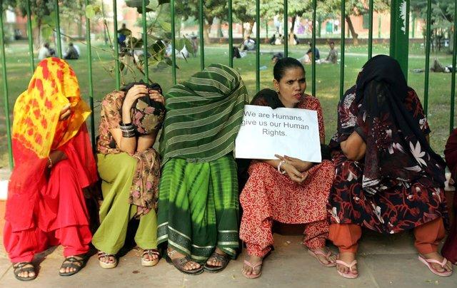 Varias ONG inician una cruzada contra los líderes de las redes de tráfico sexual
