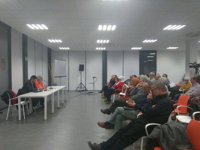 Usuarios del centro de mayores Infante Don Juan acusan a Galcerán