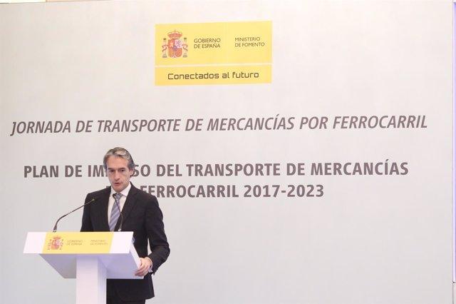 Íñigo de la Serna presenta el Plan de Impulo al Transporte de Mercancías