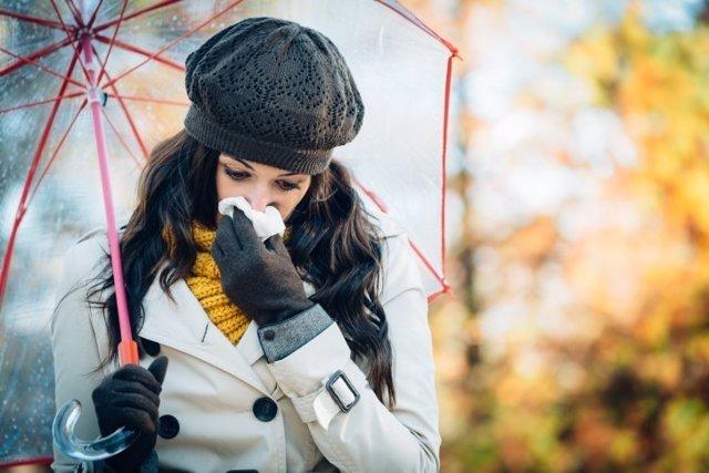 Mujer, gripe, resfriado, frío, mocos